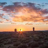 Balanced Rock in Arches NP, Utah, provides a beautiful sunstar