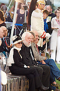 Yoko Ono and John Baldessari, waiting to receive honorary lions for their lives' works.
