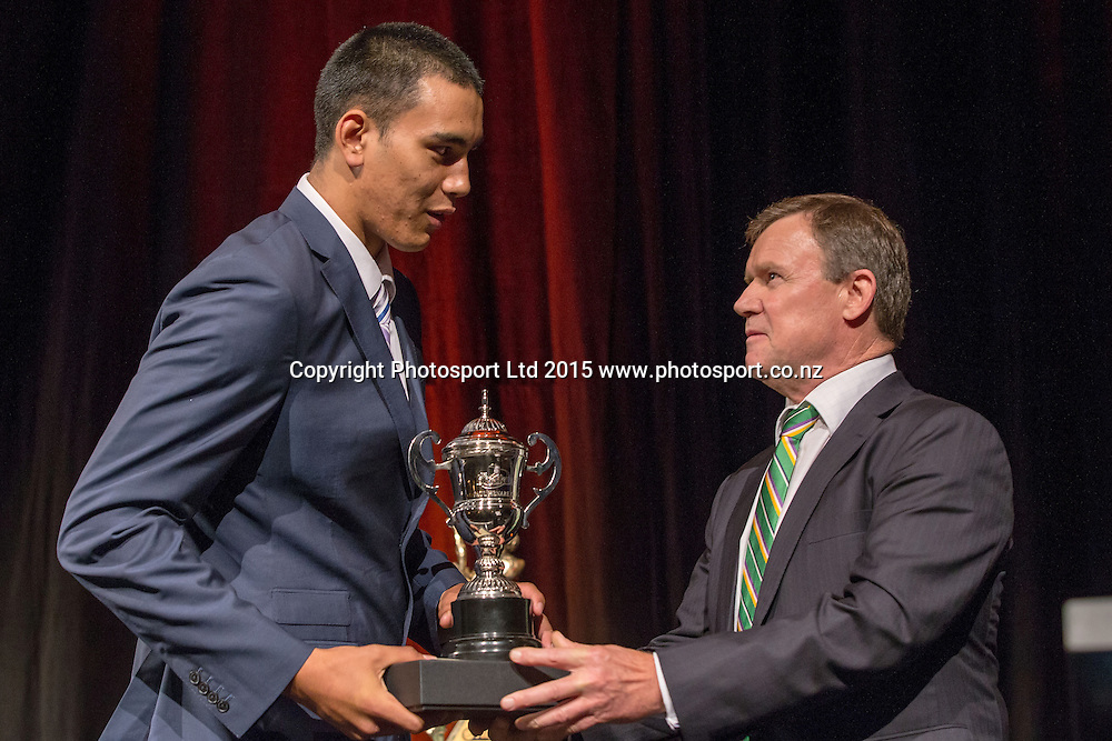 Breakers` Tai Wynyard is presented with the Paul Henare Award by John Mortensen, COO of SkyCity at the SkyCity Breakers Awards, 2014-15, SkyCity Convention Centre, Auckland, New Zealand, Friday, March 20, 2015. Copyright photo: David Rowland / www.photosport.co.nz