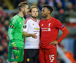 LIVERPOOL, ENGLAND - Thursday, March 10, 2016: Liverpool's Daniel Sturridge and Manchester United's goalkeeper David de Gea and Daley Blind during the UEFA Europa League Round of 16 1st Leg match at Anfield. (Pic by David Rawcliffe/Propaganda)