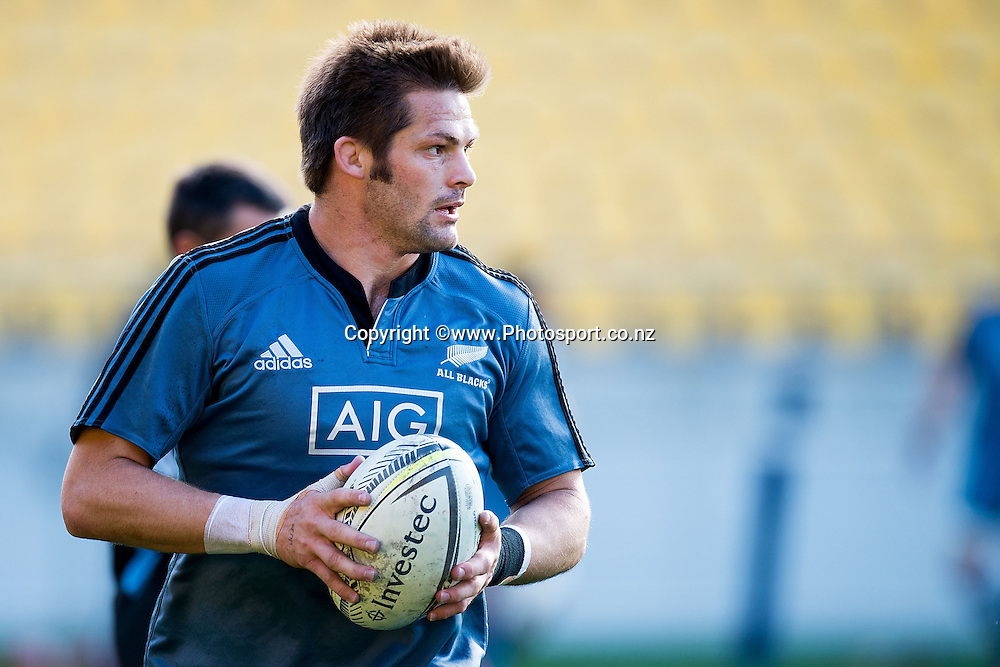 Richie McCaw of the All Blacks trains during a All Blacks Training session at the Westpac Stadium in Wellington on Thursday the 11th of September 2014. Photo by Marty Melville/www.Photosport.co.nz