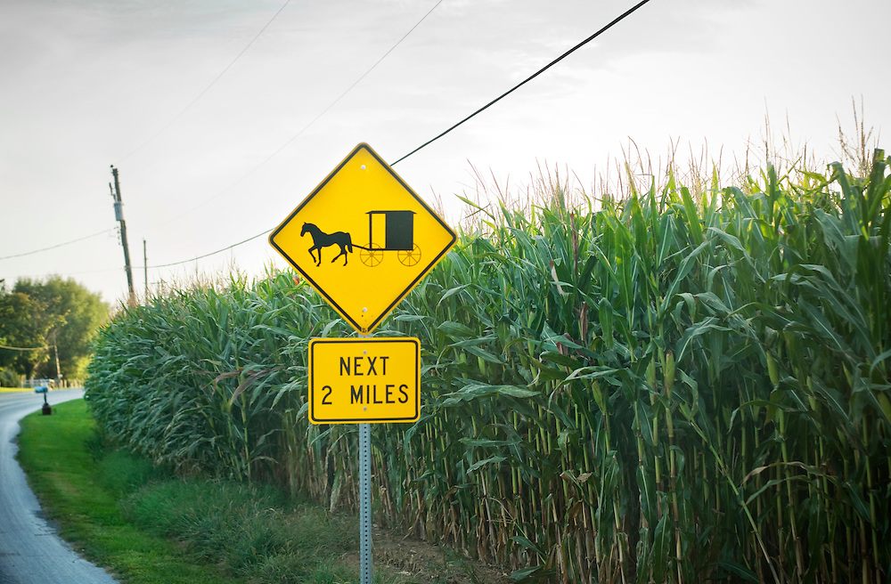 Amish, Lancaster county, Pennsylvania..A roadsign warning for horse and carriage...Photographer: Chris Maluszynski /MOMENT
