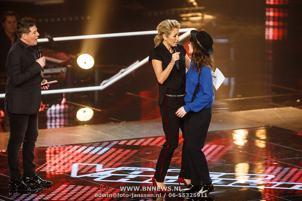 NLD/Hilversum/20160129 - Finale The Voice of Holland 2016, Jennie Lena word derde bij de finale