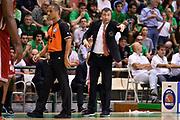 DESCRIZIONE : Campionato 2013/14 Finale GARA 4 Montepaschi Mens Sana Siena - Olimpia EA7 Emporio Armani Milano<br /> GIOCATORE : Luca Banchi<br /> CATEGORIA : Allenatore Coach Mani<br /> SQUADRA : Olimpia EA7 Emporio Armani Milano<br /> EVENTO : LegaBasket Serie A Beko Playoff 2013/2014<br /> GARA : Montepaschi Mens Sana Siena - Olimpia EA7 Emporio Armani Milano<br /> DATA : 21/06/2014<br /> SPORT : Pallacanestro <br /> AUTORE : Agenzia Ciamillo-Castoria / Claudio Atzori<br /> Galleria : LegaBasket Serie A Beko Playoff 2013/2014<br /> Fotonotizia : DESCRIZIONE : Campionato 2013/14 Finale GARA 4 Montepaschi Mens Sana Siena - Olimpia EA7 Emporio Armani Milano<br /> Predefinita :