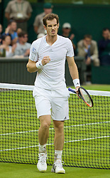 30.06.2014, All England Lawn Tennis Club, London, ENG, ATP Tour, Wimbledon, im Bild Andy Murray (GBR) during the Gentlemen's Singles 4th Round match on day seven // 15065000 during the Wimbledon Championships at the All England Lawn Tennis Club in London, Great Britain on 2014/06/30. EXPA Pictures © 2014, PhotoCredit: EXPA/ Propagandaphoto/ David Rawcliffe<br /> <br /> *****ATTENTION - OUT of ENG, GBR*****