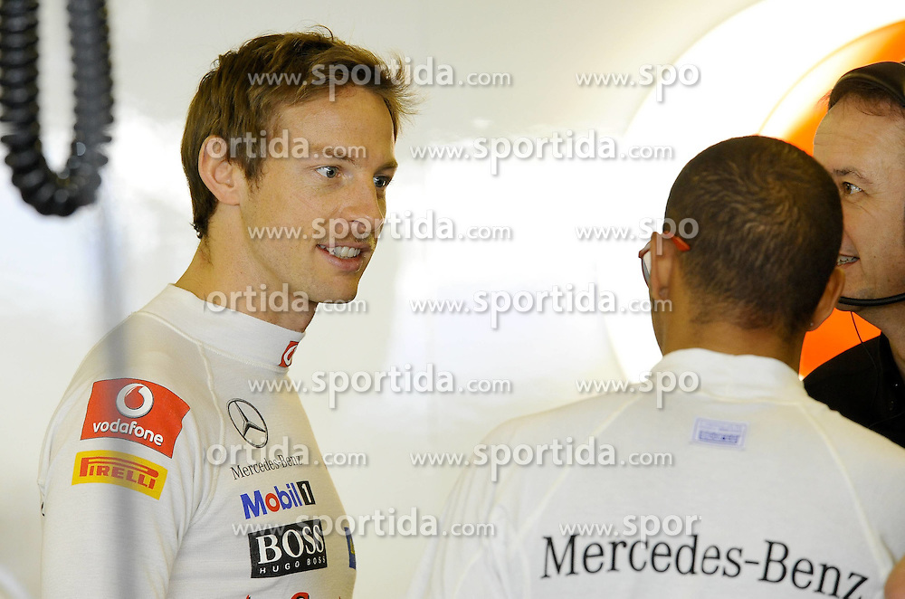 12.11.2011, Yas-Marina-Circuit, Abu Dhabi, UAE, Grosser Preis von Abu Dhabi, im Bild Jenson Button (GBR),  McLaren F1 Team - Lewis Hamilton (GBR), McLaren F1 Team  // during the Formula One Championships 2011 Large price of Abu Dhabi held at the Yas-Marina-Circuit, 2011/11/12. EXPA Pictures © 2011, PhotoCredit: EXPA/ nph/ Dieter Mathis..***** ATTENTION - OUT OF GER, CRO *****