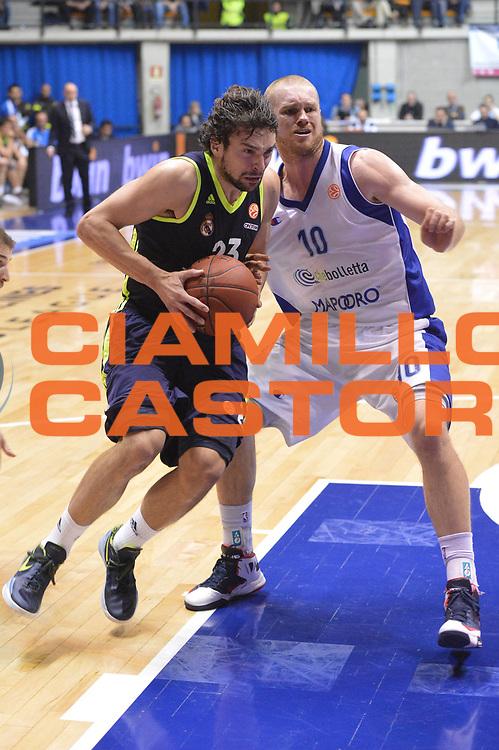 DESCRIZIONE : Desio Eurolega Eurolegue 2012-13 Mapooro Cantu Real Madrid<br /> GIOCATORE : Llull Sergio<br /> SQUADRA : Real Madrid<br /> CATEGORIA : palleggio penetrazione<br /> EVENTO : Eurolega 2012-2013<br /> GARA : Mapooro Cantu Real Madrid<br /> DATA : 06/12/2012<br /> SPORT : Pallacanestro<br /> AUTORE : Agenzia Ciamillo-Castoria/GiulioCiamillo<br /> Galleria : Eurolega 2012-2013<br /> Fotonotizia : Desio Eurolega Eurolegue 2012-13 Mapooro Cantu Real Madrid<br /> Predefinita :