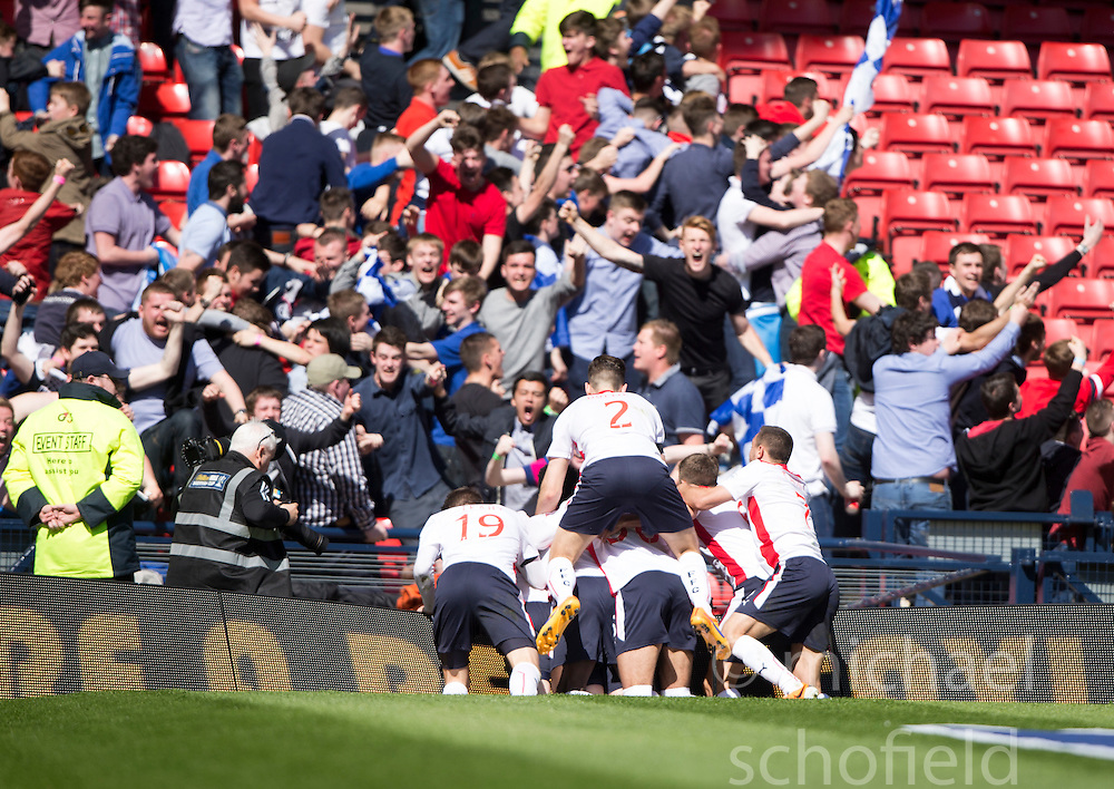 Falkirk's players cele Falkirk's Craig Sibbald goal. <br /> Hibernian 0 v 1 Falkirk, William Hill Scottish Cup semi-final, played 18/4/2015 at Hamden Park, Glasgow.