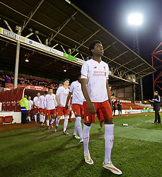 NOTTINGHAM, ENGLAND - Thursday, February 4, 2016: Liverpool's Ovie Ejaria walks out to face Nottingham Forest during the FA Youth Cup 5th Round match at the City Ground. (Pic by David Rawcliffe/Propaganda)