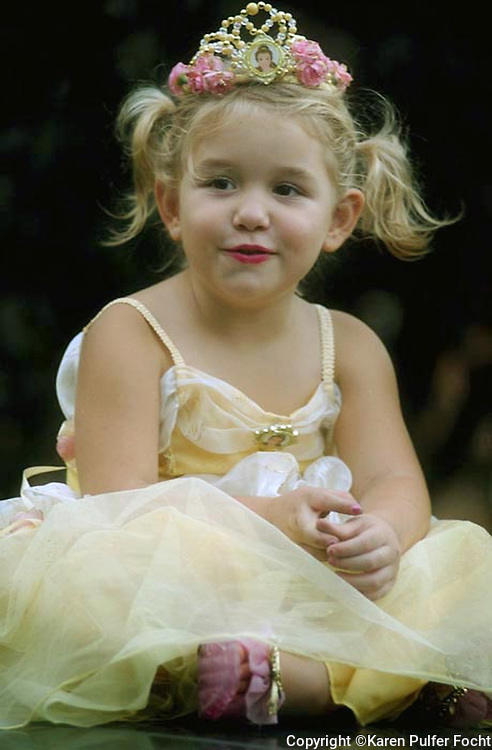 Elli Rose Focht plays a princess during dress ups.