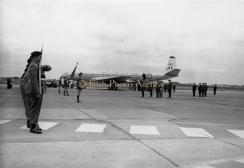 17/7/1964<br /> 7/17/1964<br /> 17 July 1964<br /> <br /> Ayub Khan's President of Pakistan plane landing on his offical visit to Ireland