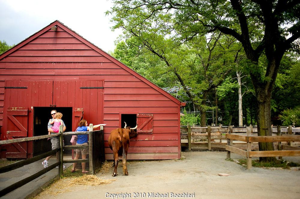 PARAMUS, NJ - August 05:  Bergen County Zoological Park located in Van Saun County Park on August 05, 2010 in PARAMUS, NJ.  (Photo by Michael Bocchieri/Bocchieri Archive)