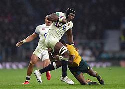 Maro Itoje of England takes on the Australia defence - Mandatory byline: Patrick Khachfe/JMP - 07966 386802 - 18/11/2017 - RUGBY UNION - Twickenham Stadium - London, England - England v Australia - Old Mutual Wealth Series International