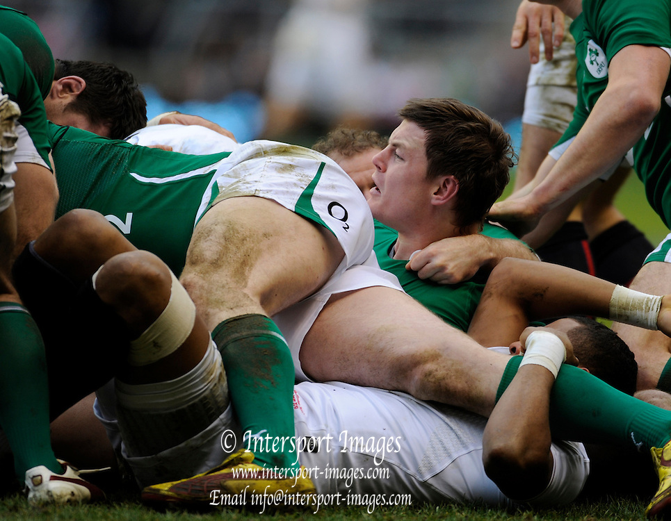 Twickenham. Great Britain, Irelands' Brian O'DRISCILL, watches play from the maul, during the Six Nations Rugby, England vs Ireland match played at the RFU Stadium, Surrey, England on Saturday   27/02/2010 [Mandatory Credit. Peter Spurrier/Intersport Images]