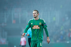 08.12.2016, Weststadion, Wien, AUT, UEFA EL, SK Rapid Wien vs Athletic Club Bilbao, Gruppe F, im Bild Mario Sonnleitner (SK Rapid Wien) // during a UEFA Europa League, group F game between SK Rapid Wien and Athletic Club Bilbao at the Weststadion, Vienna, Austria on 2016/12/08. EXPA Pictures © 2016, PhotoCredit: EXPA/ Sebastian Pucher
