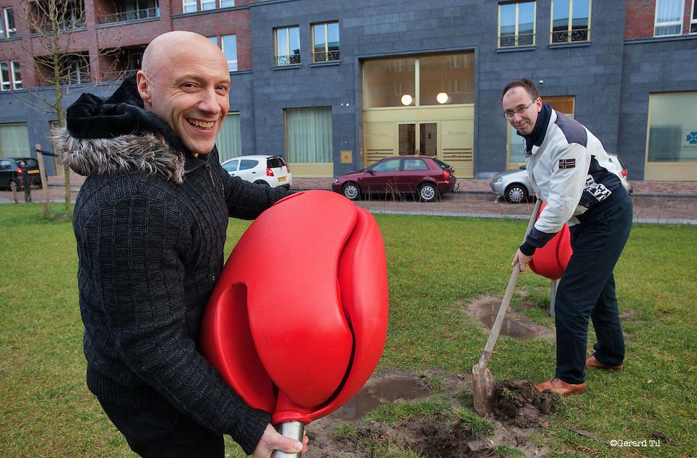Nederland,Amersfoort, 13-12-2011 Marco Manders (L).met Business angel is Bas Veldkamp FOTO: Gerard Til