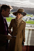 LORD CARNARVON; FIONA SHACKLETON, Hennessy Gold Cup, The Racecourse Newbury. 30 November 2013.