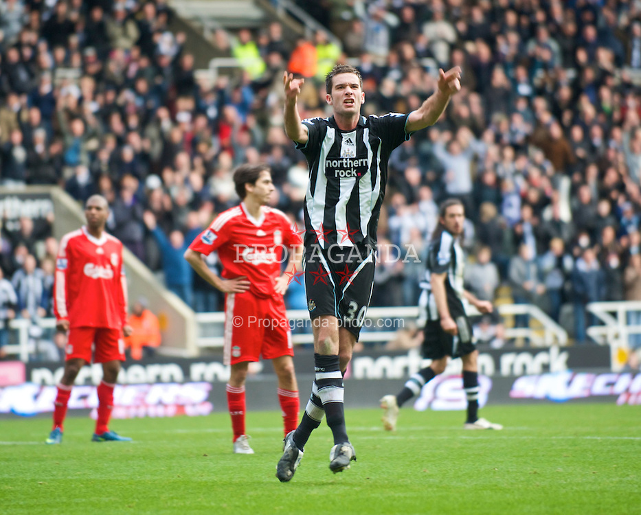 NEWCASTLE, ENGLAND - Sunday, December 28, 2008: Newcastle United's David Edgar celebrates scoring a goal in injury time during the first half against Liverpool during the Premiership match at St James' Park. (Photo by David Rawcliffe/Propaganda)