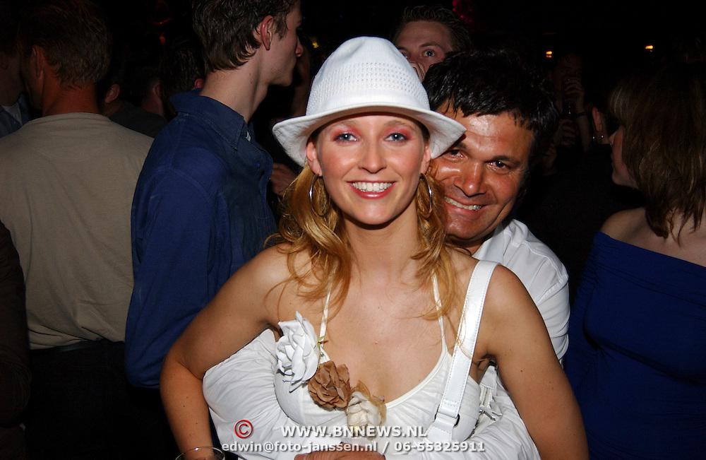 Finale Nederlandse Miss Universe 2004, Barbara van Duin en Hikmet Kuksal