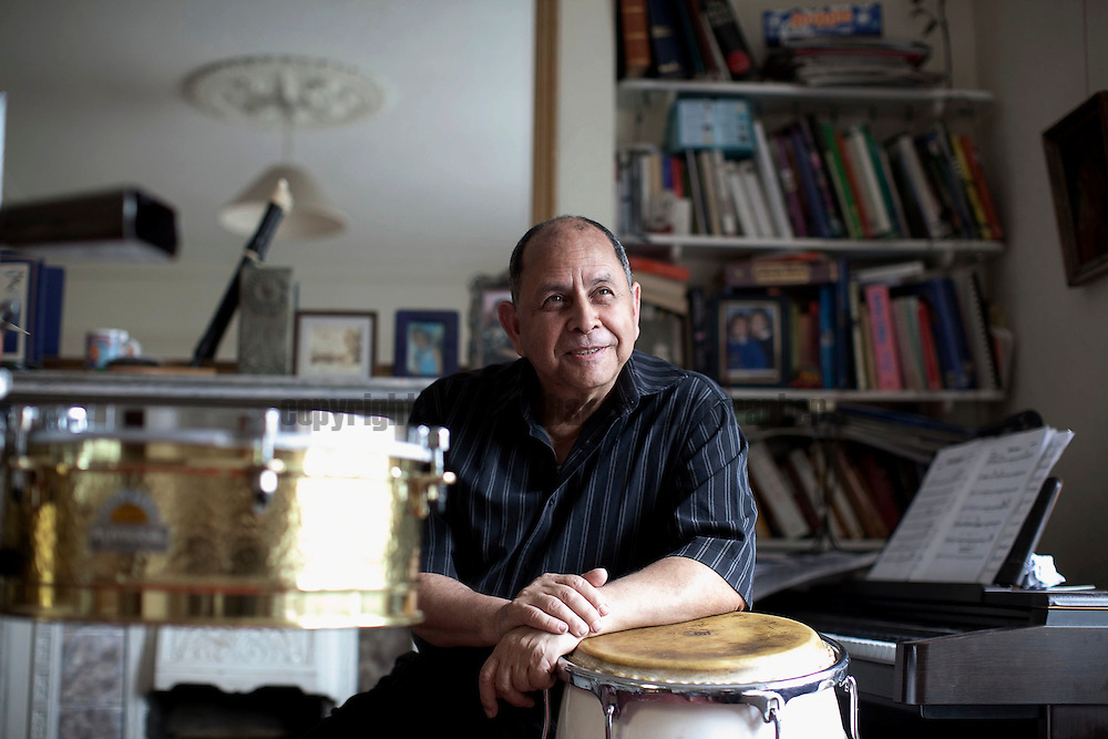 Musician Roberto Pla at his East London home.Job No: 100810/01 Working Lives Roberto Pla..Photographer Andrew Baker..07977074356