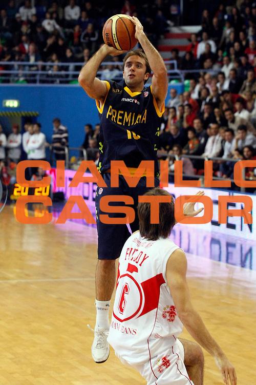 DESCRIZIONE : Milano Lega A1 2008-09 Armani Jeans Milano Premiata Montegranaro<br /> GIOCATORE : Daniele Cavaliero<br /> SQUADRA : Premiata Montegranaro<br /> EVENTO : Campionato Lega A1 2008-2009<br /> GARA : Armani Jeans Milano Premiata Montegranaro<br /> DATA : 02/11/2008<br /> CATEGORIA : Tiro Three Points<br /> SPORT : Pallacanestro<br /> AUTORE : Agenzia Ciamillo-Castoria/G.Cottini
