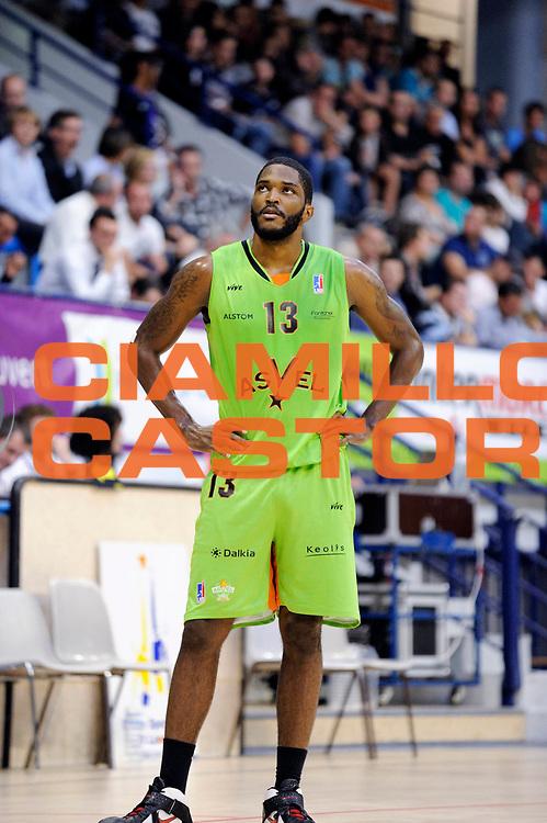 DESCRIZIONE : Tournoi pro stars a Angers<br />GIOCATORE : Skeen Jamie<br />SQUADRA : Villeurbanne <br />EVENTO : Tournoi pro stars a Angers<br />GARA : Villeurbanne Nancy<br />DATA : 23/09/2011<br />CATEGORIA : Basketball France Homme<br />SPORT : Basketball<br />AUTORE : JF Molliere<br />Galleria : France Basket 2011-2012 Action<br />Fotonotizia : Tournoi pro stars a Angers<br />Predefinita :