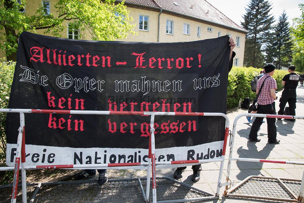 Berlin, Germany - 08.05.2016<br /> <br /> 14 people join a neo-Nazi rally on the anniversary of the end of World War II. The protest took place in front of the German-Russian Museum in Berlin-Karlshorst, where at the time the V-E-Day celebration took place. About 75 people, including representatives of the Left Party participate in counter- protests. On the 9th of May 1945, the unconditional surrender of the Wehrmacht was signed shortly after midnight in the building which now houses the museum.<br /> <br /> An einer Neonazi-Kundgebung am Jahrestag des Endes vom 2. Weltkrieg beteiligten sich 14 Personen. Der Protest fand vor dem dem deutsch-russischen Museum in Berlin-Karlshorst statt, wo zu dem Zeitpunkt ein Fest zum Tag der Befreiung stattfand. Etwa 75 Menschen, darunter auch Abgeordnete der Linkspartei beteiligten sich an Gegenprotesten. In dem Gebaeude, in dem sich nun das Museum befindet, wurde am 09. Mai 1945 kurz nach Mitternacht die Urkunde ueber die bedingungslose Kapitulation der Wehrmacht unterzeichnet.<br /> <br /> Photo: Bjoern Kietzmann