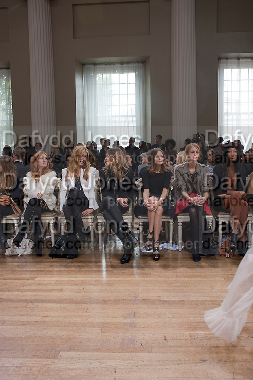 JOSEPHINE DE LA BAUME; CAT DEELEY; ELLE MACPHERSON; OLIVIA PALERMO; JACQUETTA WHEELER; V.V.BROWN;  , Julian Macdonald fashion show. Banqueting House. London. 19 September 2010. -DO NOT ARCHIVE-© Copyright Photograph by Dafydd Jones. 248 Clapham Rd. London SW9 0PZ. Tel 0207 820 0771. www.dafjones.com.