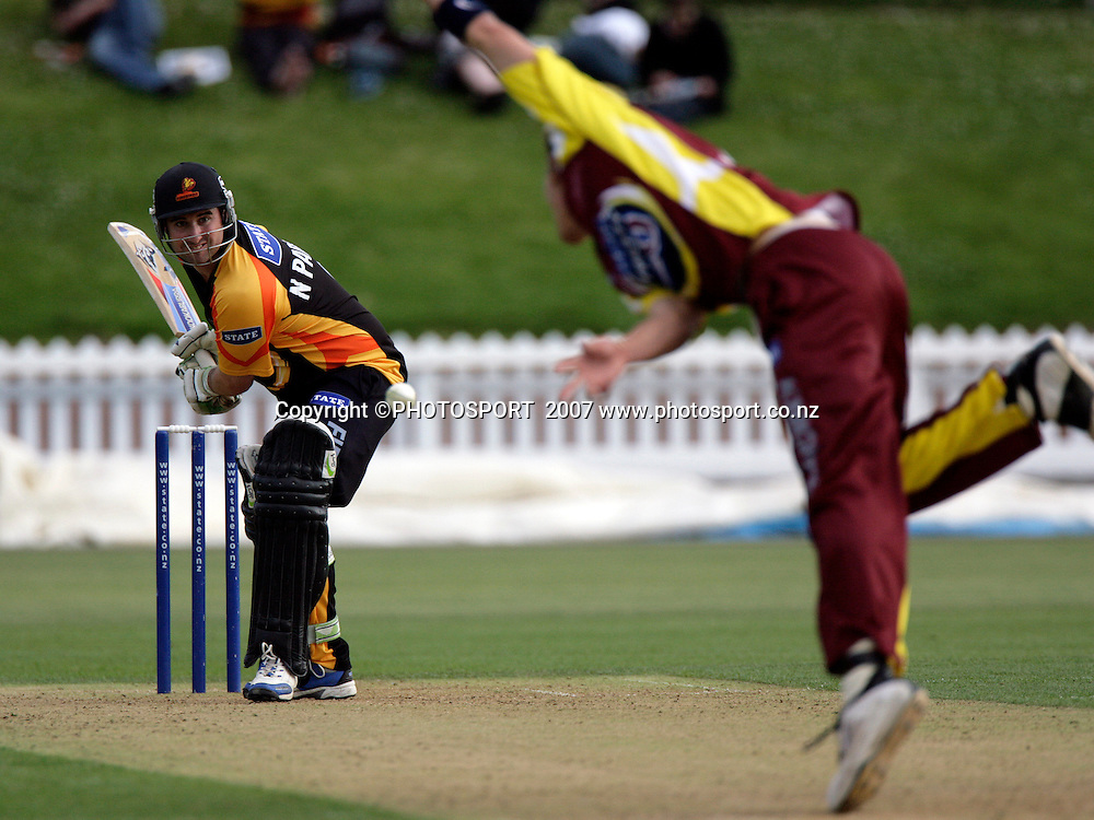 The Firebirds Neal Parlane in Twenty20 cricket action between the Northern Knights and Wellington Firebirds at the Basin Reserve, Wellington, Friday 19 January, 2007.    Photo:  Anthony Phelps/PHOTOSPORT