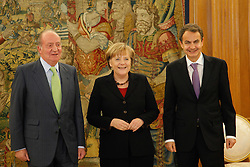 03.02.2010, La Zarzuela Palace, Madrid, ESP, Angela Merkel in Madrid, im Bild King Juan Carlos of Spain and Prime Minister Jose Luis Rodriguez Zapatero recieve Angela Merkel at La Zarzuela Palace on february 3rd 2011, EXPA Pictures © 2011, PhotoCredit: EXPA/ Alterphotos/ Pool JLC  / ALFAQUI