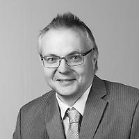 2018_06_04 - Pawel Pisarski Professional Headshots