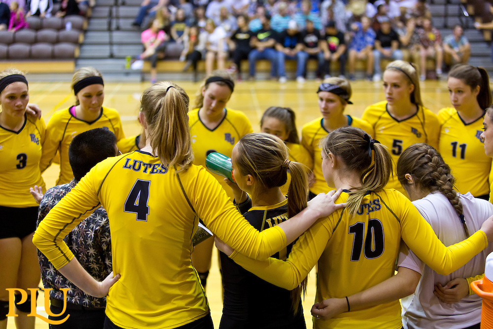 PLU vs. Whitworth in a volleyball match on Friday, Sept. 18, 2015. (Photo: John Froschauer/PLU)