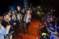 Molde feirer cupgullet hjemme i Molde etter &aring; ha sl&aring;tt Rosenborg 4-2 i cupfinalen. Richard Hartis taler til supporterne.<br /> Foto: Svein Ove Ekornesv&aring;g
