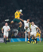Twickenham, Great Britain,    Antony Watson and Israel FOLAU, jumping for the high ball, during the Pool A game, England vs Australia.  2015 Rugby World Cup, Venue, RFU Stadium, Twickenham, Surrey, ENGLAND.  Saturday  03/10/2015<br /> Mandatory Credit; Peter Spurrier/Intersport-images]