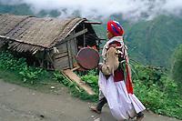Nepal - Region de Gosaïnkund - Shaman, Chamane ou medecin sorcier