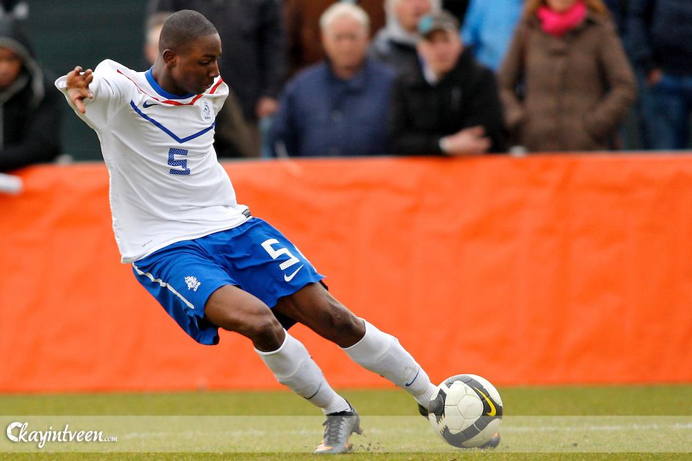 ROTTERDAM - Kroatie - Nederland, EK Kwalificatie onder 17, 26-03-2011, Sportcomplex Varkenoord, Jetro Willems