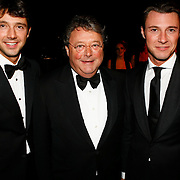 NLD/Amsterdam/20091121 - JFK Great men of the Year Gala 2009, Oger Lusink en zonen Sander en Martijn