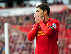 07.04.2013, Anfield, Liverpool, ENG, Premier League, FC Liverpool vs West Ham United, 32. Runde, im Bild Liverpool's Luis Alberto Suarez Diaz looks dejected after missing a chance to score against West Ham United during during the English Premier League 32th round match between Liverpool FC and West Ham United FC at Anfield, Liverpool, Great Britain on 2013/04/07. EXPA Pictures © 2013, PhotoCredit: EXPA/ Propagandaphoto/ David Rawcliffe..***** ATTENTION - OUT OF ENG, GBR, UK *****