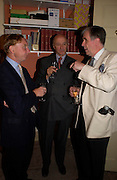 John Martin-robinson, John Casey and Peter Jones. Spectator party. Doughty St. London. 28 July 2005. ONE TIME USE ONLY - DO NOT ARCHIVE  © Copyright Photograph by Dafydd Jones 66 Stockwell Park Rd. London SW9 0DA Tel 020 7733 0108 www.dafjones.com