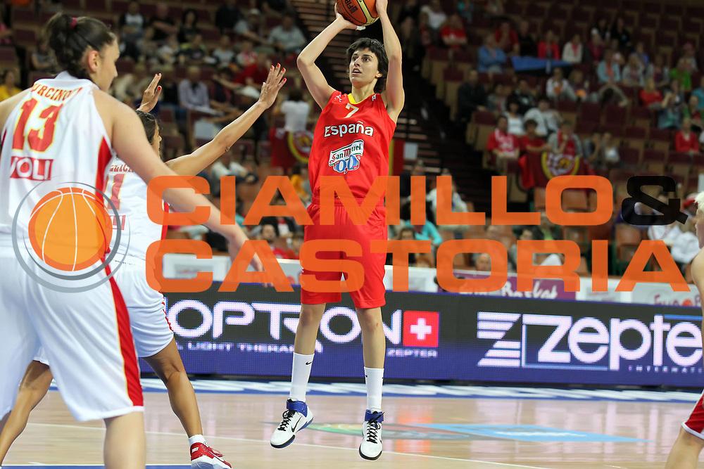DESCRIZIONE : Katowice Poland Polonia Eurobasket Women 2011 Round 1 Montenegro Spagna Montenegro Spain<br /> GIOCATORE : Alba Torrens<br /> SQUADRA : Spagna Spain<br /> EVENTO : Eurobasket Women 2011 Campionati Europei Donne 2011<br /> GARA : Montenegro Spagna Montenegro Spain<br /> DATA : 19/06/2011<br /> CATEGORIA :<br /> SPORT : Pallacanestro <br /> AUTORE : Agenzia Ciamillo-Castoria/E.Castoria<br /> Galleria : Eurobasket Women 2011<br /> Fotonotizia : Katowice Poland Polonia Eurobasket Women 2011 Round 1 Montenegro Spagna Montenegro Spain<br /> Predefinita :