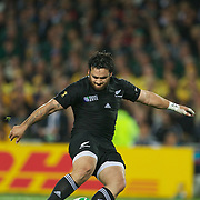 Piri Weepu, New Zealand, kicks a penalty during the New Zealand V Australia Semi Final match at the IRB Rugby World Cup tournament, Eden Park, Auckland, New Zealand, 16th October 2011. Photo Tim Clayton...