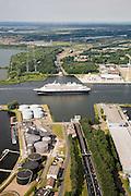 Nederland, Amsterdam, Einsteinweg, 17-06-2008; Cruiseschip Prinsendam verlaat de haven van Amsterdam en paseert de Coentunel; Petroleumhaven, Coentunnelweg..luchtfoto (toeslag); aerial photo (additional fee required); .foto Siebe Swart / photo Siebe Swart