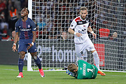 Serge Aurier (psg) missed to scored a goal, Karl-Johan JOHNSSON (En Avant Guingamp), Lucas DEAUX (En Avant Guingamp) during the French Championship Ligue 1 football match between Paris Saint-Germain and EA Guingamp on April 9, 2017 at Parc des Princes stadium in Paris, France - Photo Stephane Allaman / ProSportsImages / DPPI