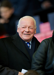 17.11.2012, Anfield, Liverpool, ENG, Premier League, FC Liverpool vs Wigan Athletic, 12. Runde, im Bild Wigan Athletic's chairman Dave Whelan during the English Premier League 12th round match between Liverpool FC and West Wigan Athletic at Anfield, Liverpool, Great Britain on 2012/11/17. EXPA Pictures © 2012, PhotoCredit: EXPA/ Propagandaphoto/ David Rawcliffe..***** ATTENTION - OUT OF ENG, GBR, UK *****