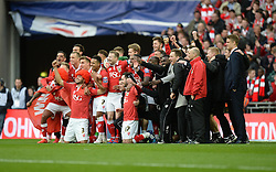 The Bristol City team pose for a picture at full time. - Photo mandatory by-line: Alex James/JMP - Mobile: 07966 386802 - 22/03/2015 - SPORT - Football - London - Wembley Stadium - Bristol City v Walsall - Johnstone Paint Trophy Final