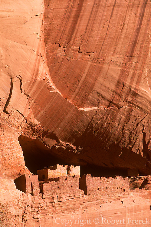 ARIZONA, CANYON DE CHELLY Anasazi; 'White House' cliff home