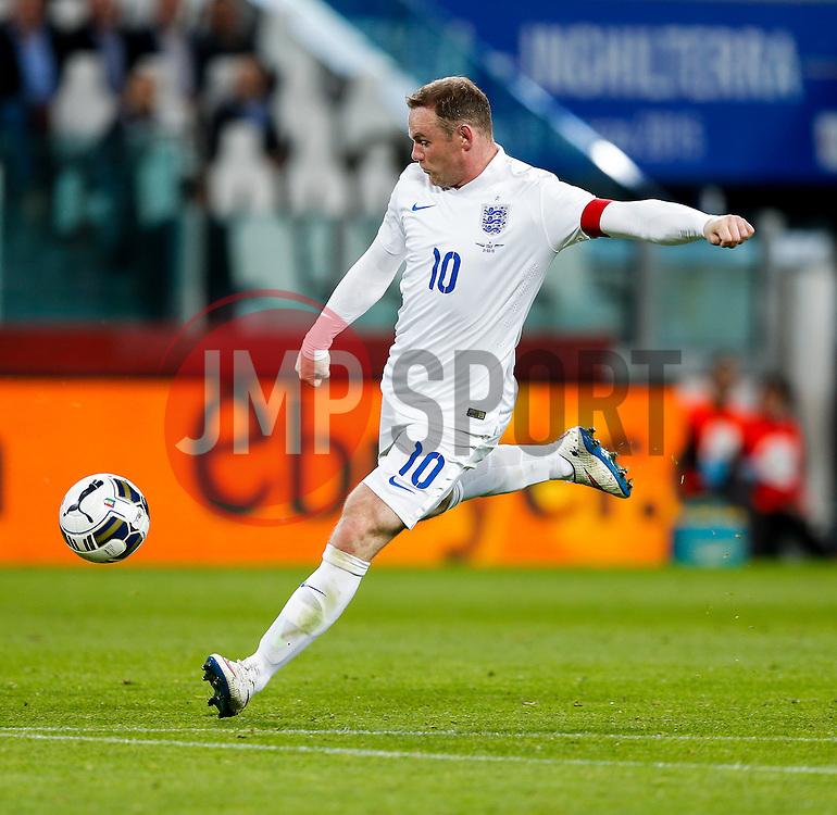 Wayne Rooney of England - Photo mandatory by-line: Rogan Thomson/JMP - 07966 386802 - 31/03/2015 - SPORT - FOOTBALL - Turin, Italy - Juventus Stadium - Italy v England - FIFA International Friendly Match.