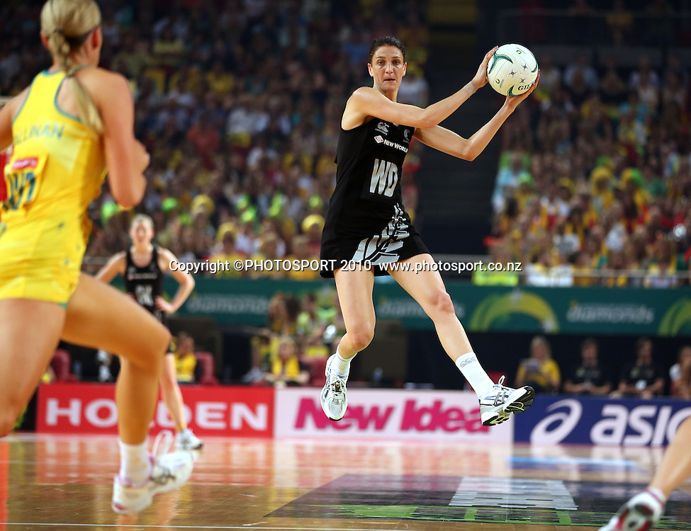 Anna harrison catches the ball<br /> Quad Series, Australia Diamonds v New Zealand Silver Ferns, Sydney, Australia. Sunday 21 October 2012. Photo: Paul Seiser/PHOTOSPORT