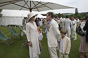Lady Victoria Getty and Geordie Greig, Guy Leymarie and Tara Getty host The De Beers Cricket Match. The Lashings Team versus the Old English team. Wormsley. ONE TIME USE ONLY - DO NOT ARCHIVE  © Copyright Photograph by Dafydd Jones 66 Stockwell Park Rd. London SW9 0DA Tel 020 7733 0108 www.dafjones.com