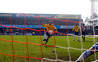 Photo: Alan Crowhurst.<br />Brentford v Nottingham Forest. Coca Cola League 1. 14/04/2007. Forest's Grant Holt scores from the penalty spot 2-3.